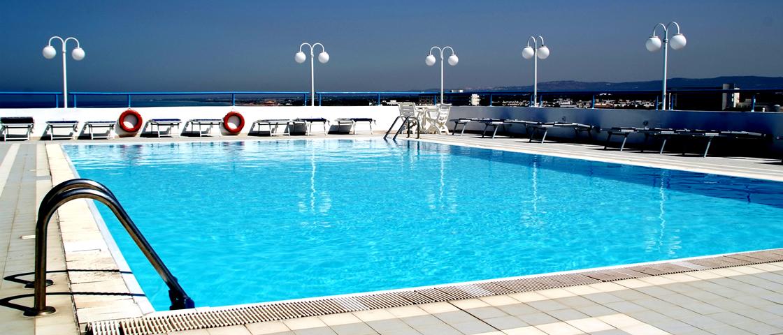 Last minute capodanno in provincia di brindisi capodanno - Capodanno in piscina ...